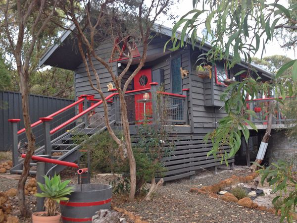 Serenity Cottage - Redcliffe Tourism