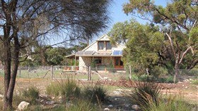 Broken Gum Country Retreat - Redcliffe Tourism