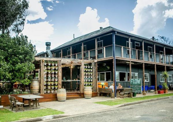 Boogie Woogie Beach House - Redcliffe Tourism