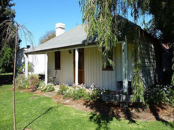 Cameron's Cottage - Redcliffe Tourism