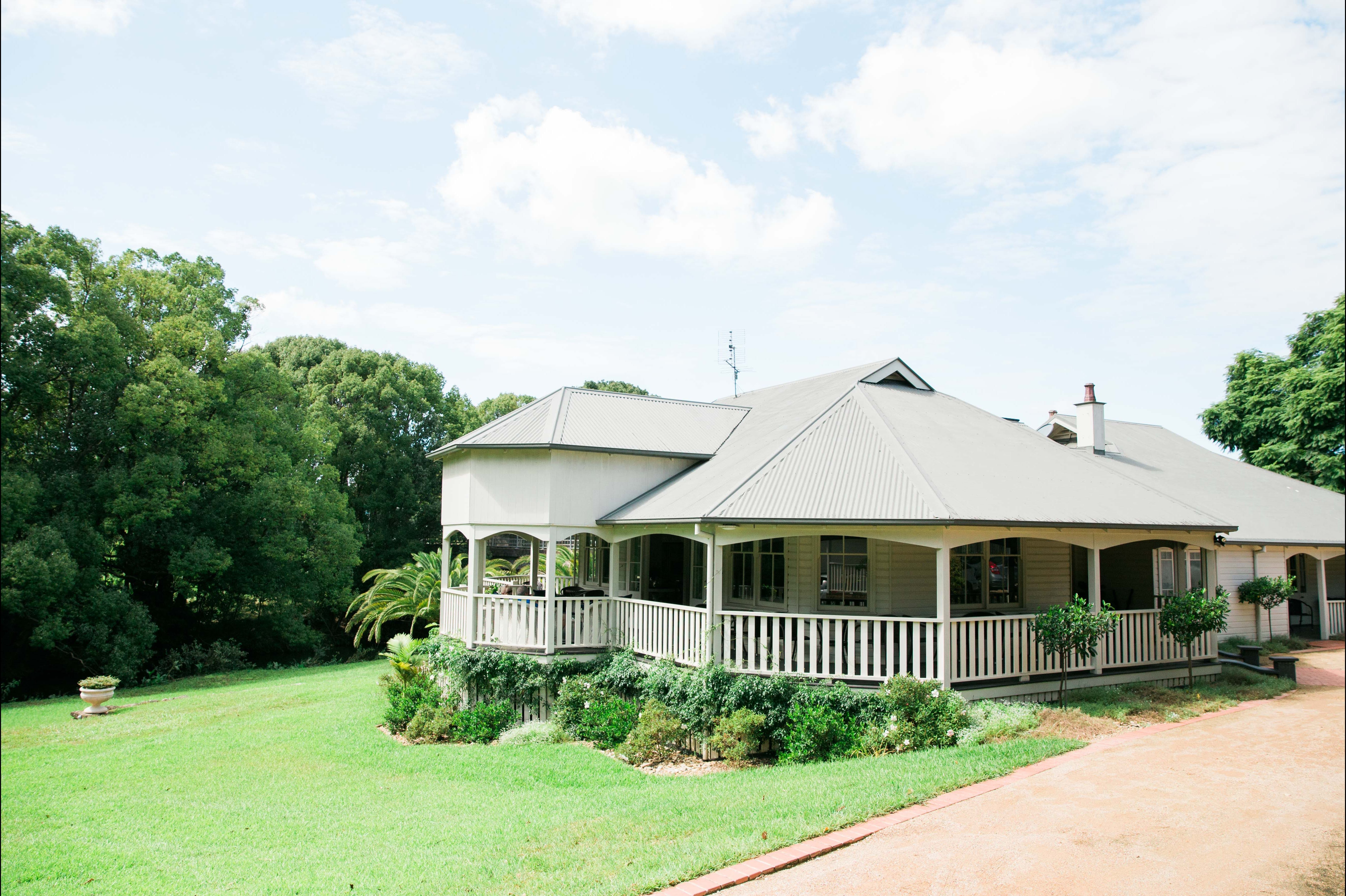 Bangalow Guesthouse - Redcliffe Tourism