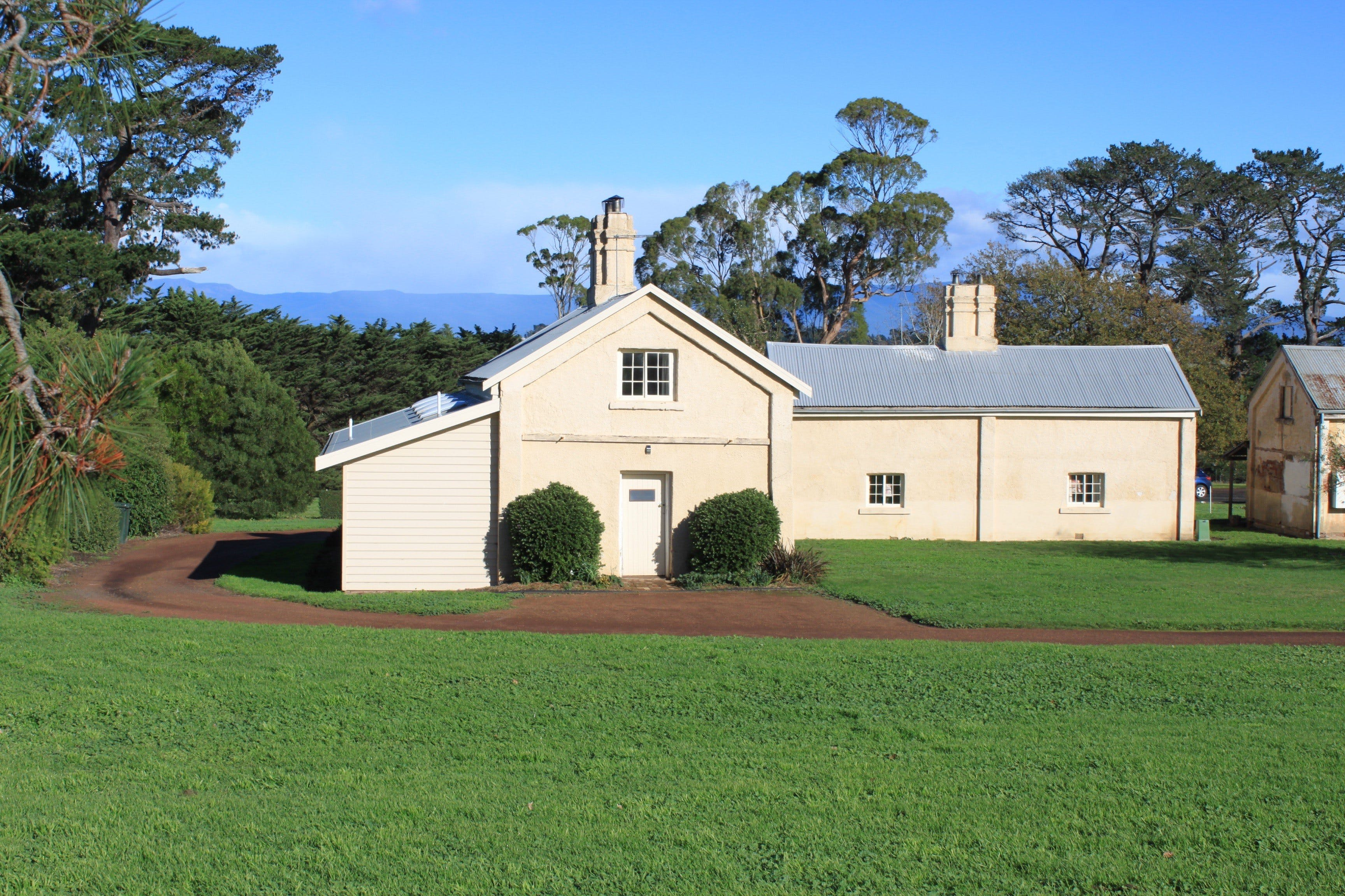 Woolmers Estate Accommodation - Redcliffe Tourism