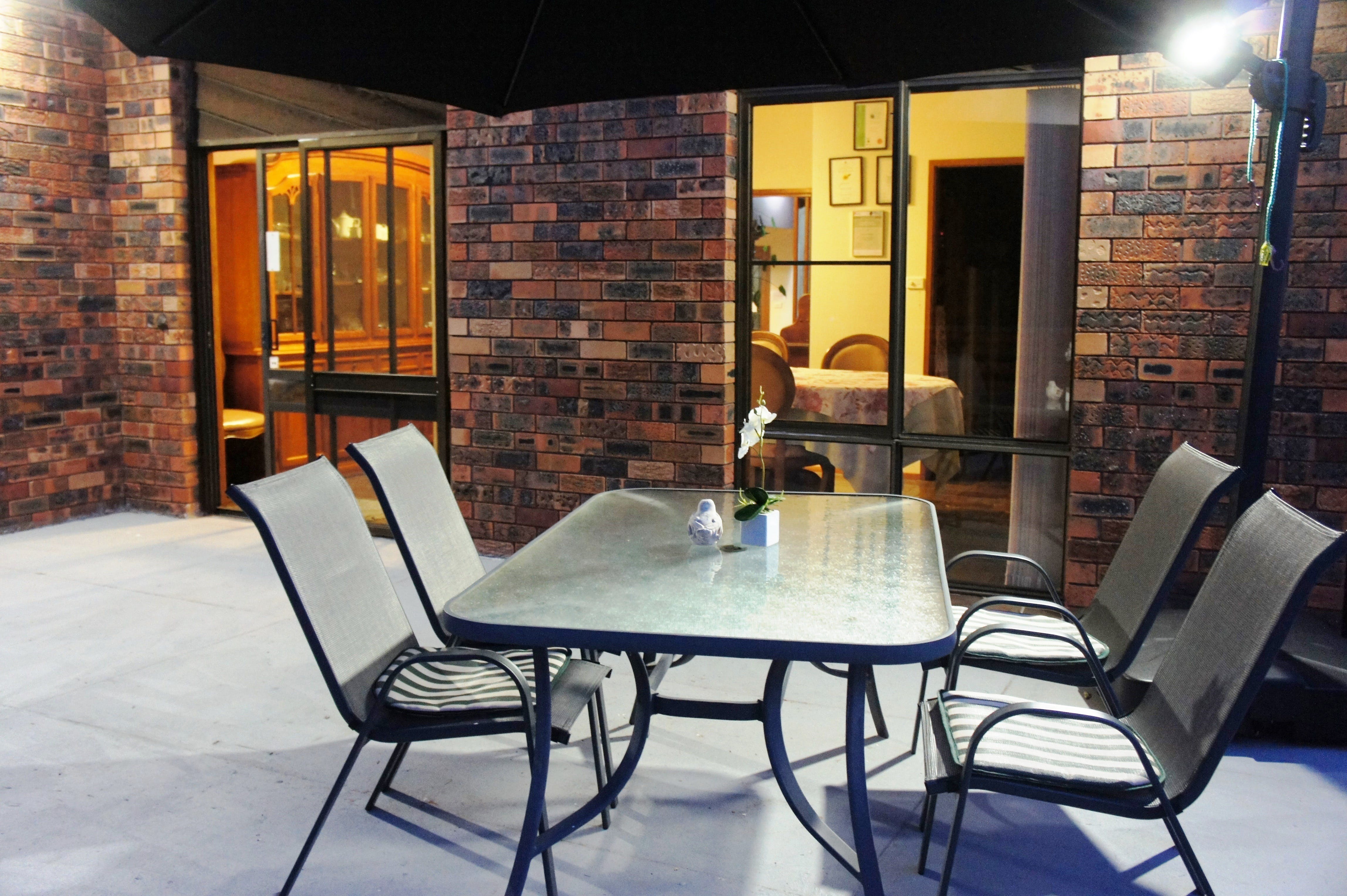Bed and Breakfast at Kiama - Redcliffe Tourism