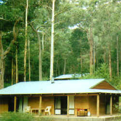 Warren River Cottages - Redcliffe Tourism