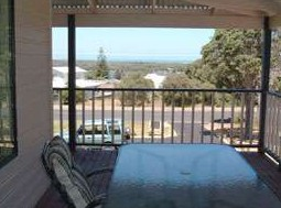 Mayflower Bed and Breakfast - Redcliffe Tourism