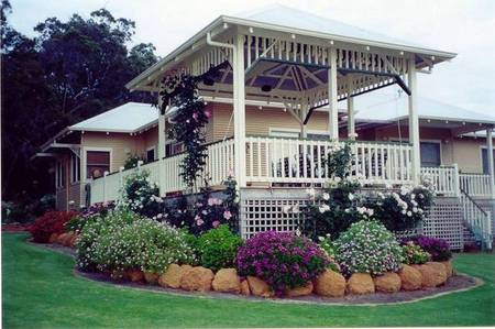 Moss Brook Bed and Breakfast - Redcliffe Tourism