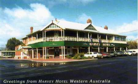 Harvey Hotel - Redcliffe Tourism