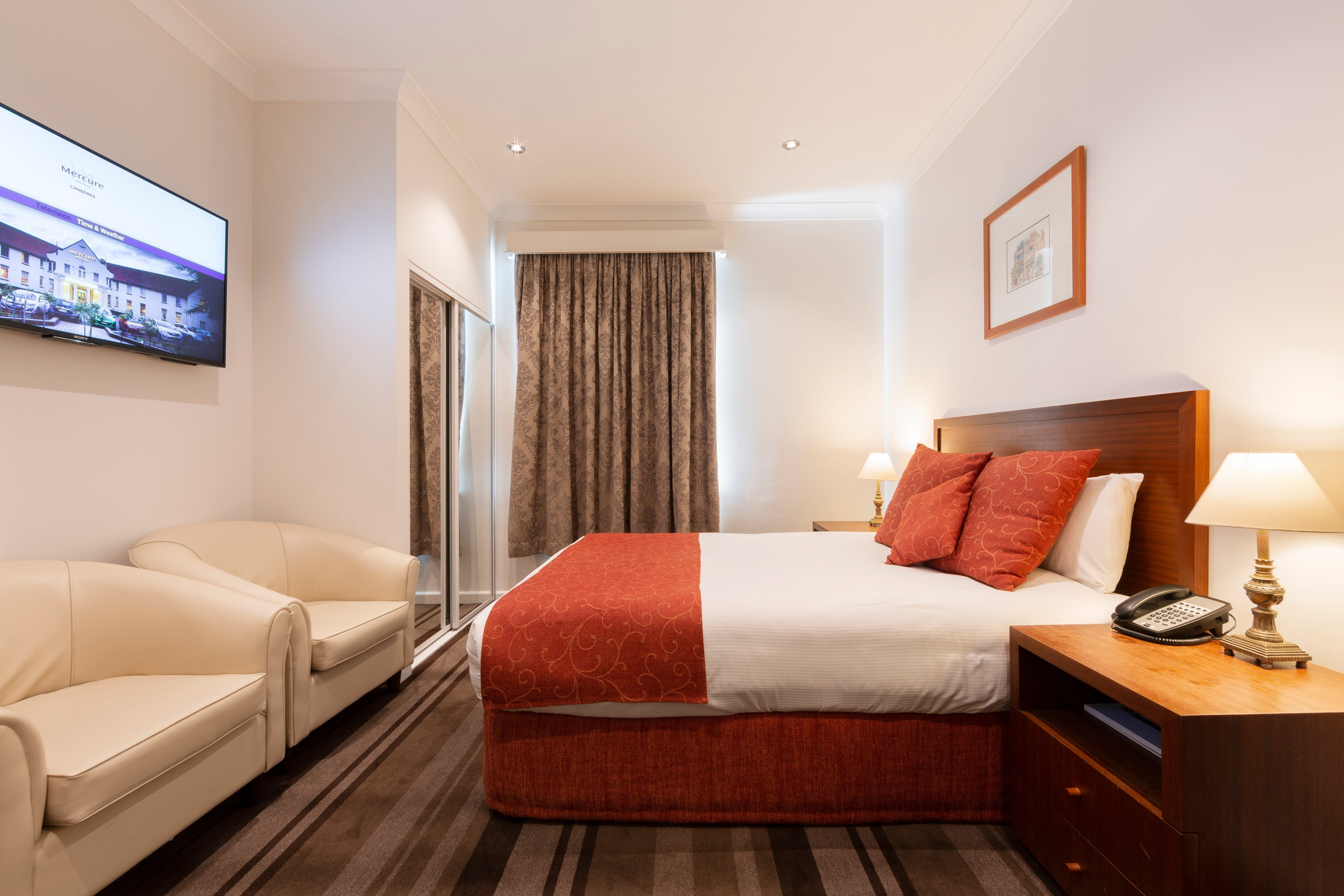 Mercure Canberra - Redcliffe Tourism
