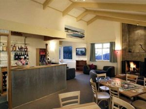 Cooroona Alpine Lodge - Redcliffe Tourism