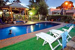 Mirrabooka Units - Redcliffe Tourism
