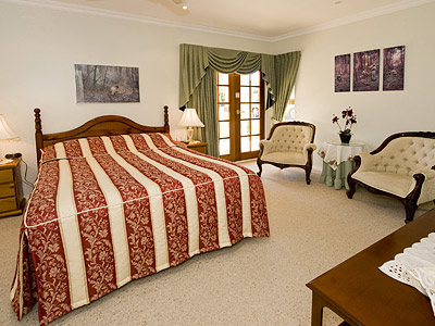 Armadale Manor - Redcliffe Tourism