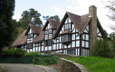 William Shakespeare's Bed  Breakfast - Redcliffe Tourism