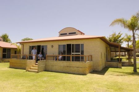 Discovery Holiday Parks - Koombana Bay - Redcliffe Tourism