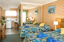 Bay Motel - Redcliffe Tourism