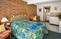 Hibiscus Motel - Redcliffe Tourism