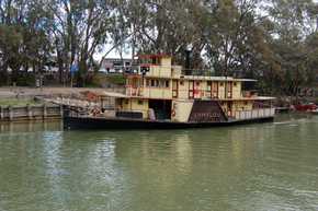Emmylou Paddle Steamer - Redcliffe Tourism