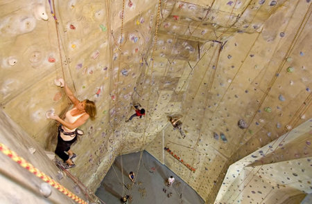 Cliffhanger Climbing Gym - Redcliffe Tourism