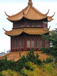 Chinese Garden of Friendship - Redcliffe Tourism