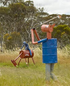 Tin Horse Highway - Redcliffe Tourism
