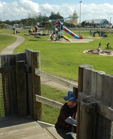 Yoganup Playground - Redcliffe Tourism