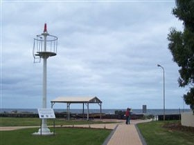 Turnbull Park Centenary Park and Foreshore - Redcliffe Tourism