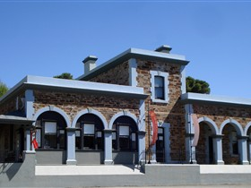 Burra Regional Art Gallery - Redcliffe Tourism