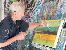 Sheps Studio art gallery - Redcliffe Tourism