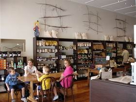 Blond Coffee and Store - Redcliffe Tourism