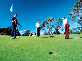 Oatlands Golf Course - Redcliffe Tourism