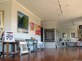 Tamar Valley Art Shack - Redcliffe Tourism
