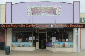 Cradle Mountain Candy Company and Honey Boutique - Redcliffe Tourism