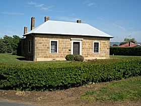 Oatlands Court House - Redcliffe Tourism