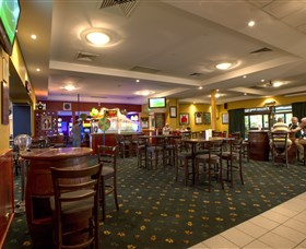 Canberra Irish Club - Redcliffe Tourism