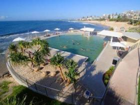 Kings Beach - Beachfront Salt Water Pool - Redcliffe Tourism