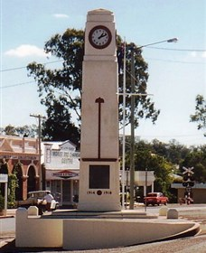 Goomeri War Memorial Clock - Redcliffe Tourism