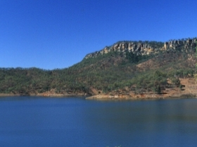 Lake Cania - Redcliffe Tourism