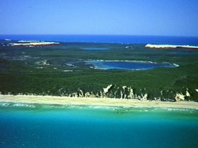 Fraser Island Great Sandy National Park - Redcliffe Tourism
