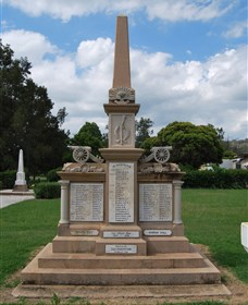 Boer War Memorial and Park - Redcliffe Tourism