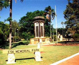 Esk War Memorial and Esk Memorial Park - Redcliffe Tourism