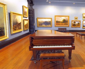 Art Gallery of Ballarat - Redcliffe Tourism