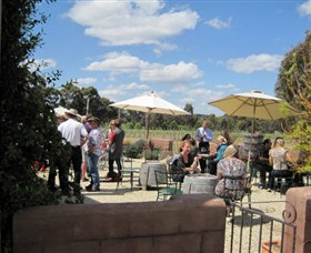Flynns Wines  Heathcotean Bistro - Redcliffe Tourism