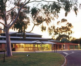 Swan Hill Regional Art Gallery - Redcliffe Tourism