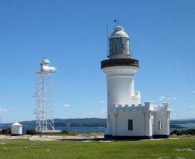 Point Perpendicular Lighthouse and Lookout - Redcliffe Tourism