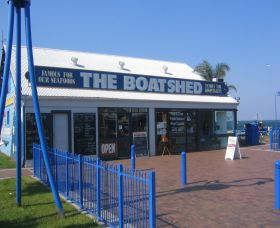 Innes Boatshed - Redcliffe Tourism