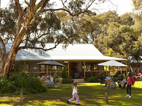 Whistler Wines - Redcliffe Tourism