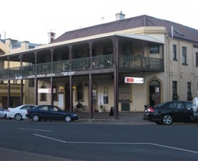 The Family Hotel - Redcliffe Tourism