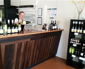 Billy Button Wines - Redcliffe Tourism