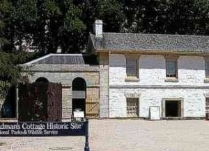Cadmans Cottage - Redcliffe Tourism