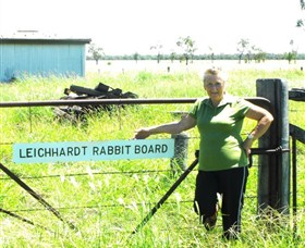 Morven Rabbit Board Gate - Redcliffe Tourism