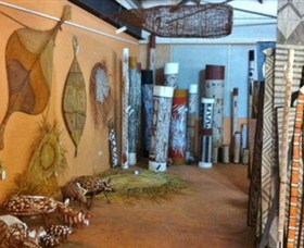 Maningrida Arts and Culture - Redcliffe Tourism
